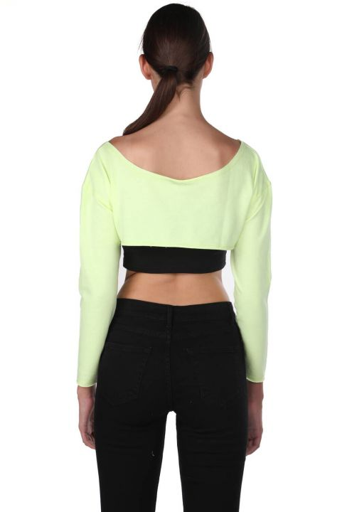 Markapia Shoulder Detail Crop Blouse