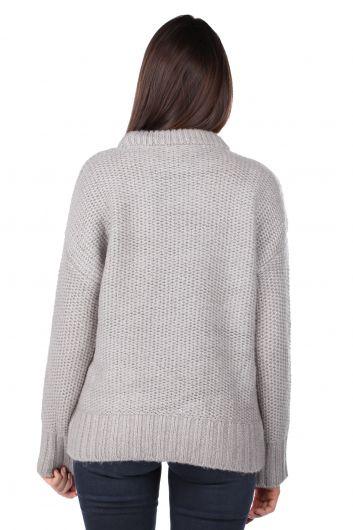 Серебряный трикотажный женский свитер - Thumbnail