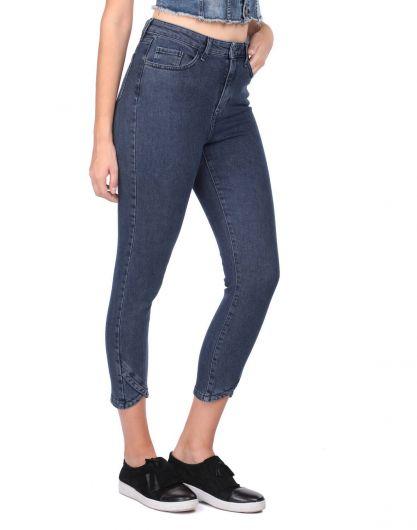 BLUE WHITE - Женские узкие джинсовые брюки с детализированными штанинами (1)