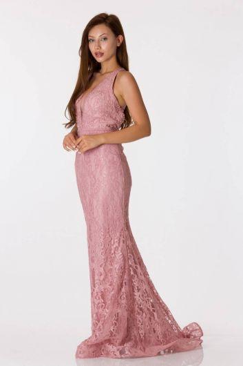 فستان سهرة مزين بالدانتيل باللون الوردي - Thumbnail