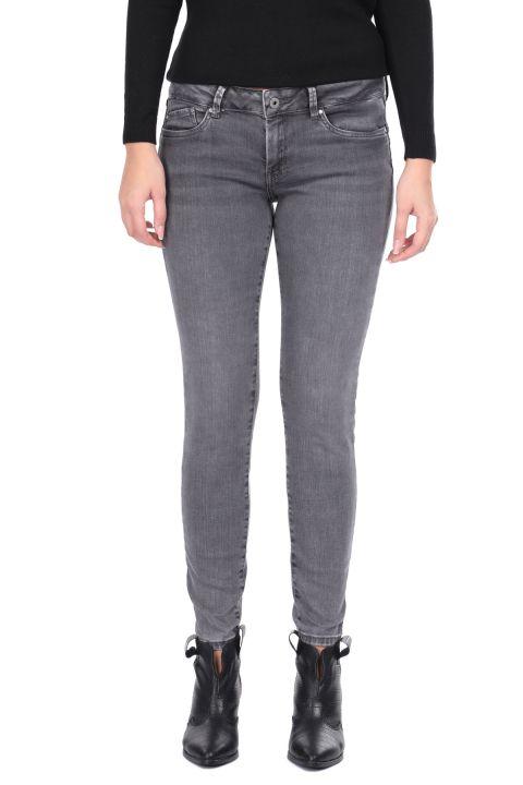 Узкие серые женские джинсовые брюки
