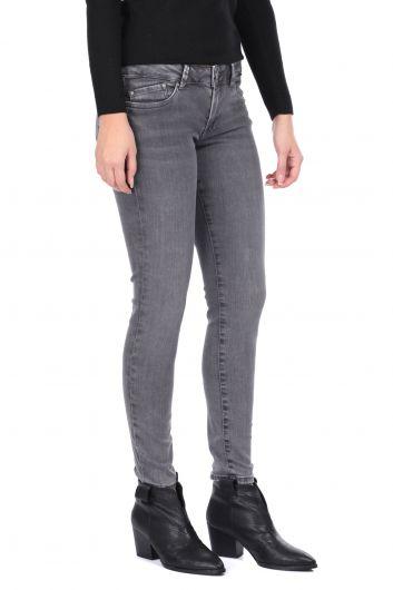 Узкие серые женские джинсовые брюки - Thumbnail