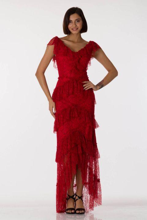 Красное вечернее платье с кружевным V-образным вырезом