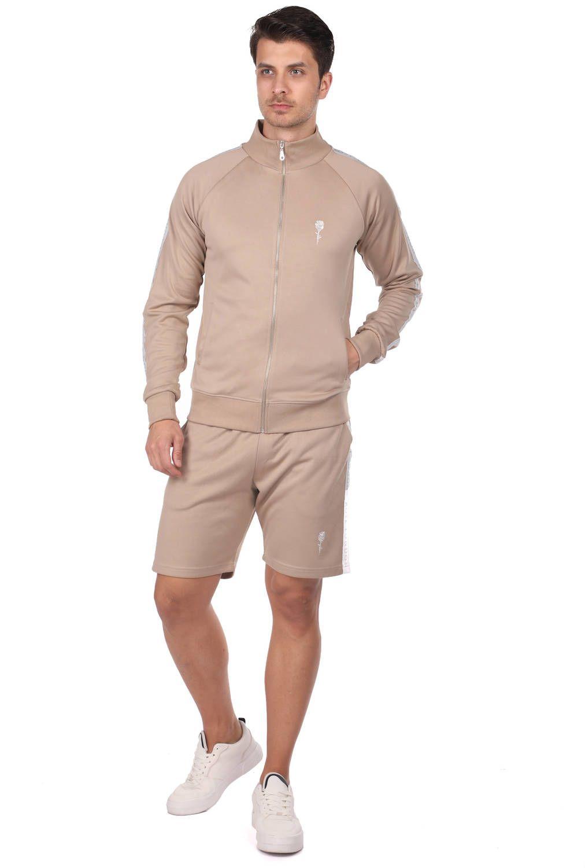 Мужской спортивный костюм с высоким воротником и полосками по бокам