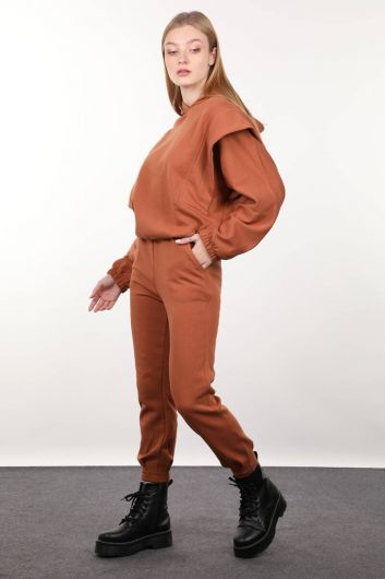 MARKAPIA WOMAN - طقم بدلة رياضية بقلنسوة محشو القرفة للسيدات (1)