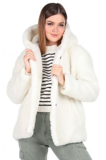 تيدي قطيفة معطف نسائي أبيض بقلنسوة كبير الحجم - Thumbnail