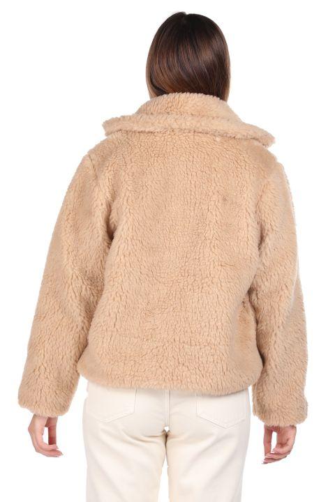 تيدي قطيفة معطف نسائي بيج قصير كبير الحجم