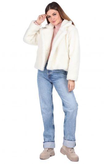 تيدي قطيفة معطف نسائي قصير أبيض اللون - Thumbnail