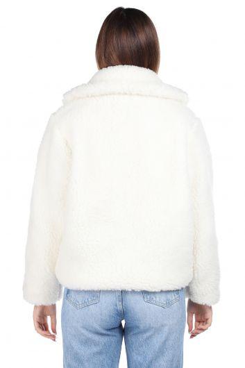 Белое женское пальто оверсайз с плюшевым принтом Teddy - Thumbnail