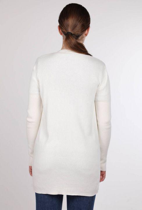 Beyaz Önü Açık Cepli Kadın Triko Hırka