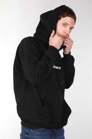 MARKAPIA MAN - كنزة بغطاء للرأس سوداء كبيرة الحجم مطبوعة توباك (1)