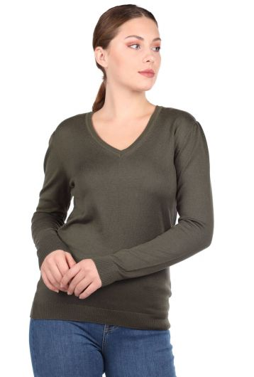 Хаки-зеленый женский трикотажный свитер с V-образным вырезом - Thumbnail