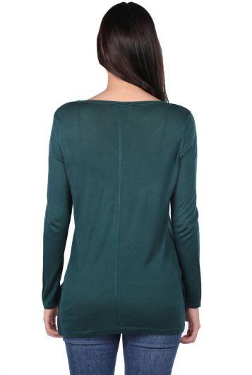MARKAPIA WOMAN - Зеленый женский тонкий вязаный свитер с v-образным вырезом (1)
