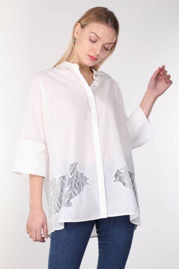 قميص أبيض مفصل بأكمام الخفافيش للمرأة - Thumbnail
