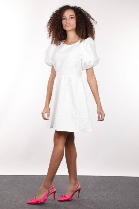 White Quilted Balloon Sleeve Gathered Women's Dress