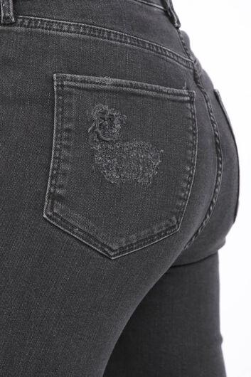 بنطلون جينز نسائي ممزق فحم الإنتراسيت - Thumbnail