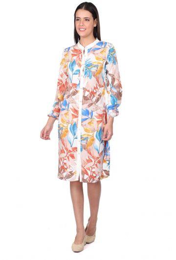 Женское бежевое платье-рубашка на пуговицах с узором в виде листьев - Thumbnail