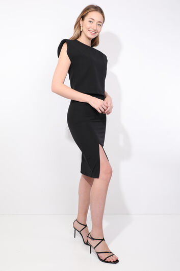 MARKAPIA WOMAN - طقم بلوزة نسائية سوداء مبطنة تنورة (1)