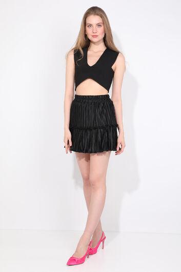 تنورة نسائية صغيرة سوداء بطيات - Thumbnail