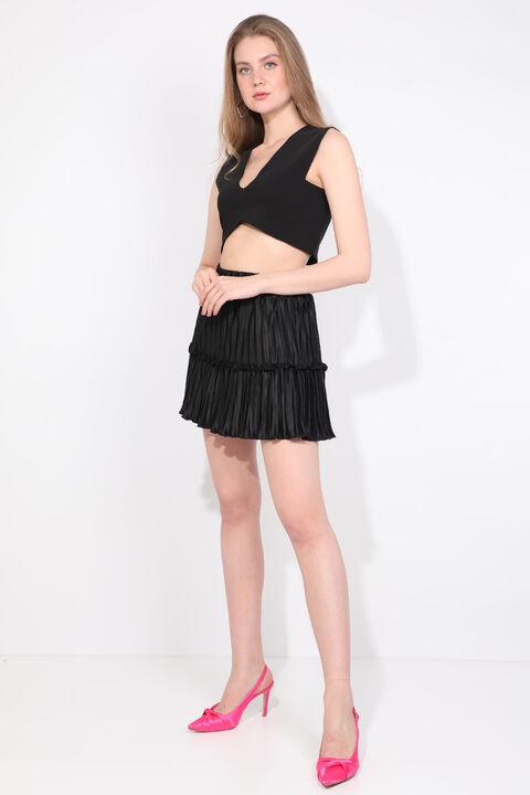 Женская черная мини-юбка со складками