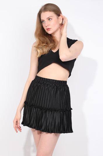 Женская черная мини-юбка со складками - Thumbnail
