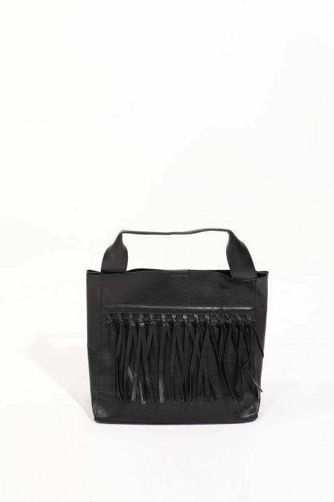 Черная женскаябольшая сумка скожанойотделкой