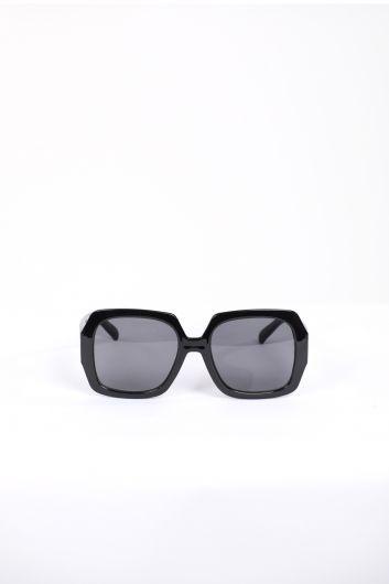 Женские черные солнцезащитные очки в толстой оправе - Thumbnail
