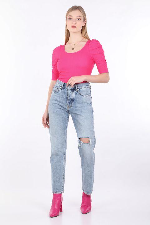 Женские синие рваные джинсовые брюки