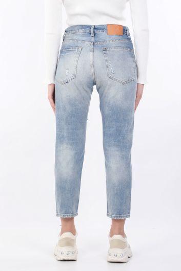 بنطلون جينز أزرق نسائي ممزق مستقيم - Thumbnail