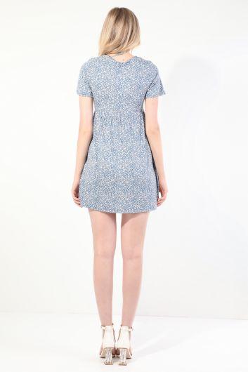 Женское синее платье с короткими рукавами и V-образным вырезом со сборками - Thumbnail