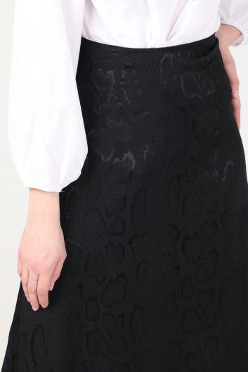Women Shiny Patterned Asymmetric Skirt Black - Thumbnail