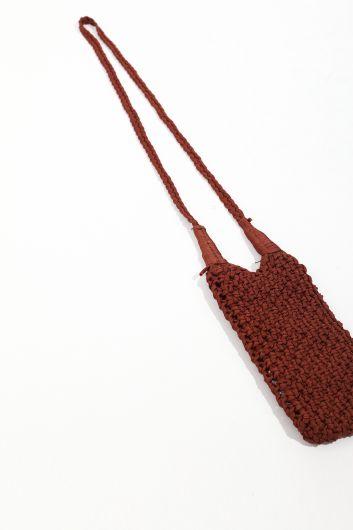 MARKAPIA WOMAN - Женская коричневая сумка для телефона из макраме (1)