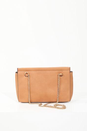 MARKAPIA WOMAN - Женская светло-коричневая сумка через плечо с клапаном и цепочкой (1)