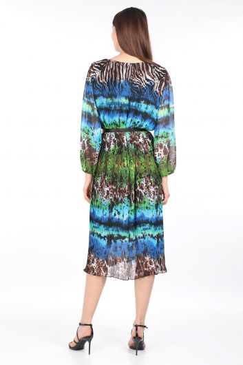 Женское шифоновое платье с ярким леопардовым узором и плиссировкой - Thumbnail