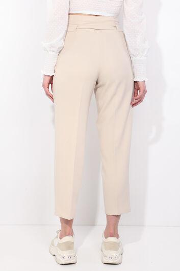 بنطلون نسائي من قماش عالي الخصر مربوط باللون الكريمي - Thumbnail