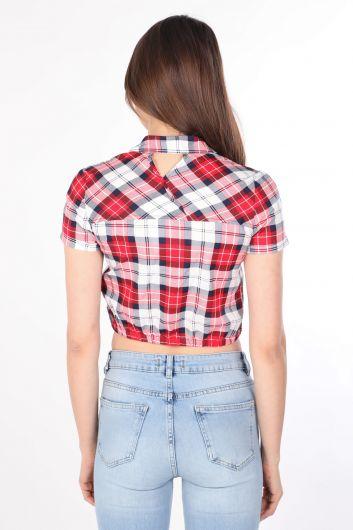 قميص نسائي قصير منقوش باللون الأحمر - Thumbnail