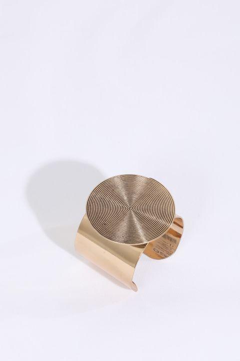 Женский золотой толстый браслет с большой пряжкой