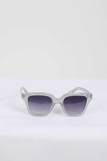 Женские солнцезащитные очки в серой оправе - Thumbnail