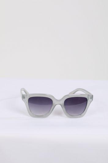 Women's Gray Frame Sunglasses - Thumbnail