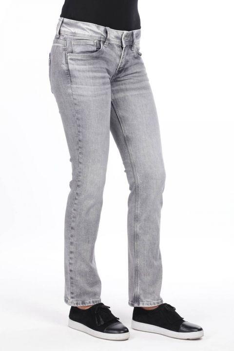 Женские серые джинсовые брюки с заниженной талией