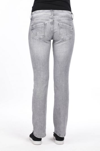 Женские серые джинсовые брюки с заниженной талией - Thumbnail