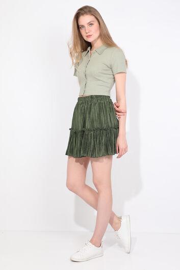 Зеленая женская мини-юбка со складками - Thumbnail