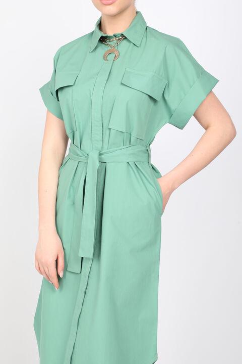 Женское платье из зеленого поплина