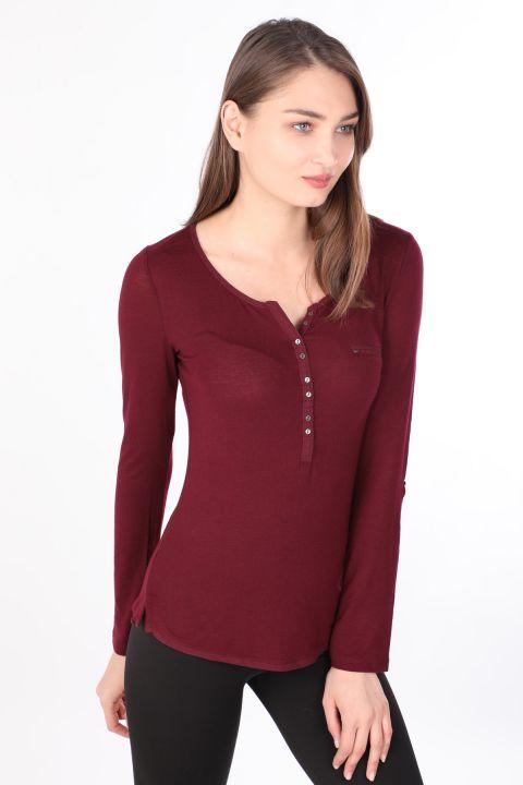 Женская базовая футболка с длинным рукавом на пуговицах с длинным рукавом Сливовый