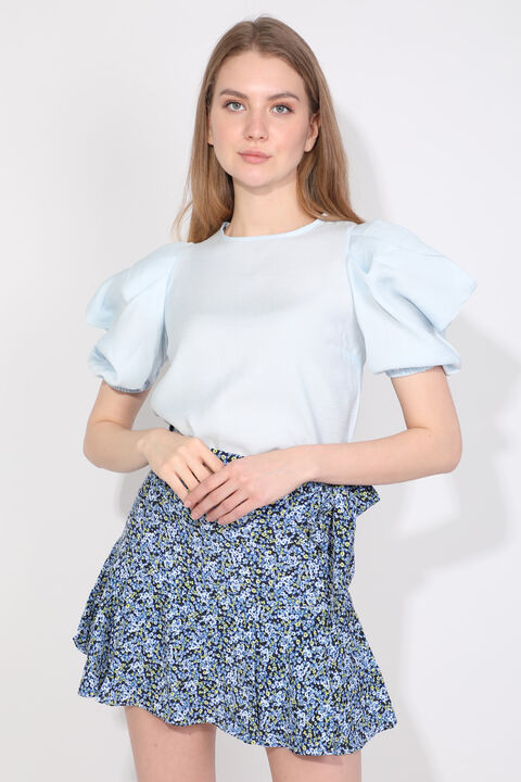 Женская синяя блуза с воздушными шарами