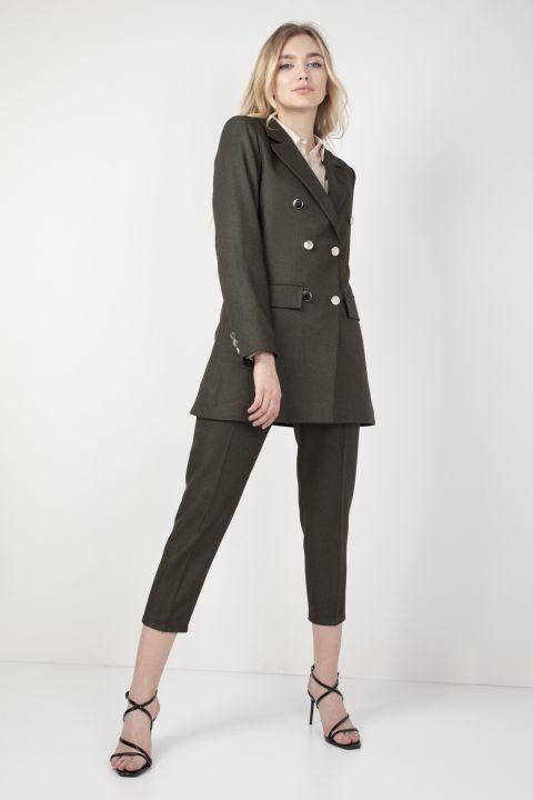Женский пиджак цвета хаки