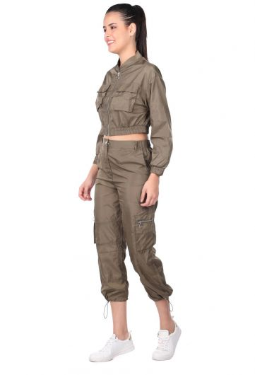 MARKAPIA WOMAN - Женский спортивный костюм цвета хаки с укороченным низом сверху (1)
