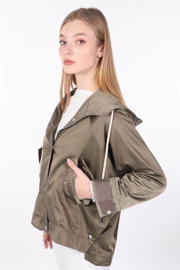 MARKAPIA WOMAN - Женская куртка оверсайз цвета хаки с капюшоном (1)