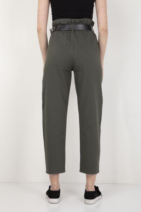 Женские брюки цвета хаки с присборенным поясом