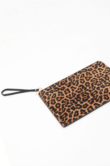 MARKAPIA WOMAN - حقيبة محفظة بنمط ليوبارد للسيدات (1)